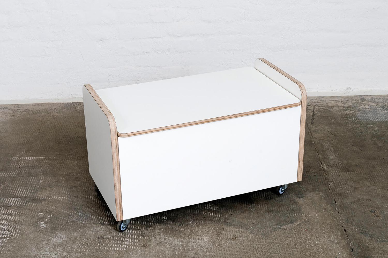 Rollcontainer weiß mit lagem Deckel aus Holz von pure position